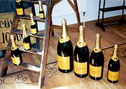 180px-Veuve_clicquot_bottle_sizes