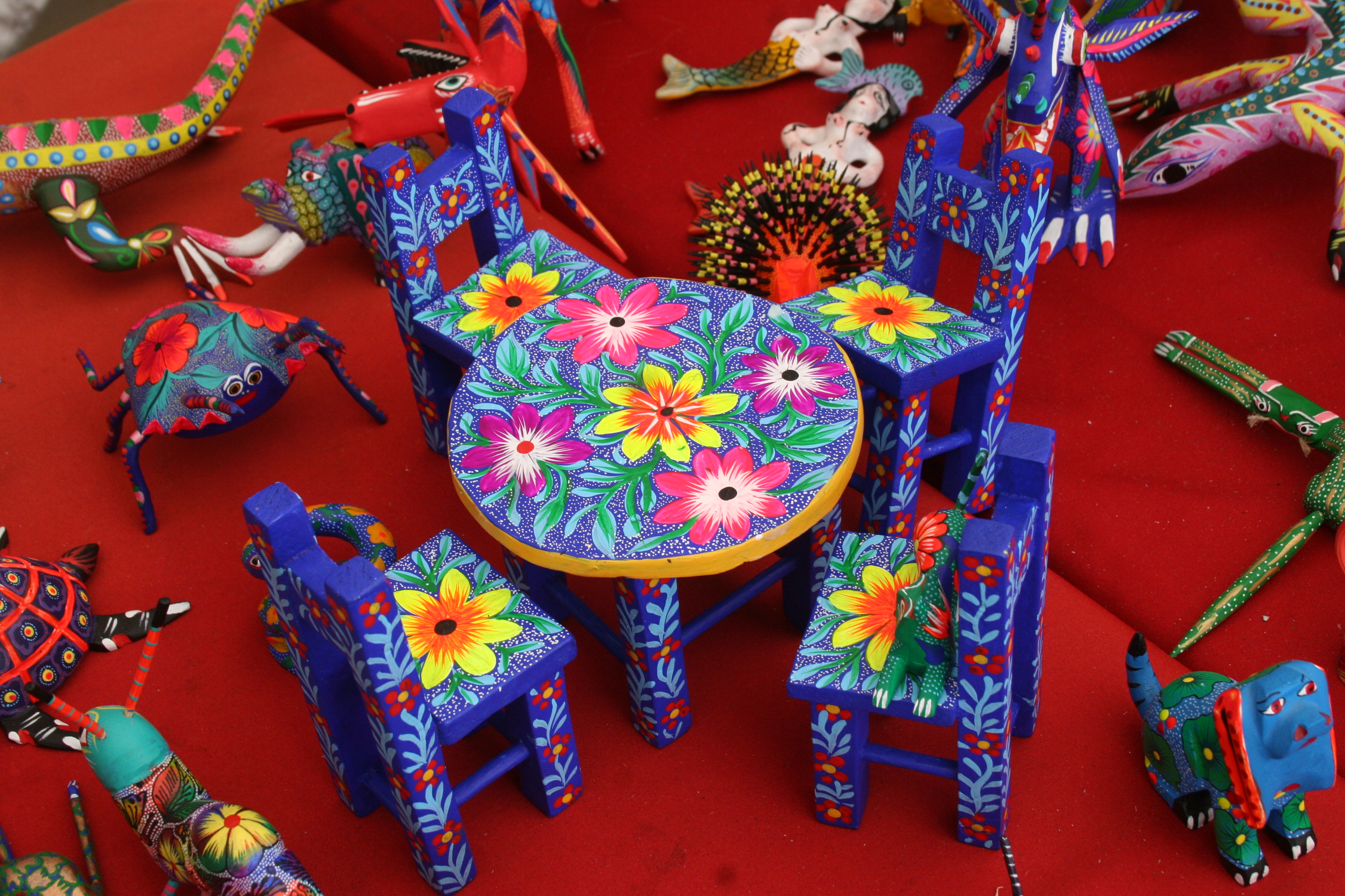 Table at a flea market at the mardi gras casino in hollywood florida
