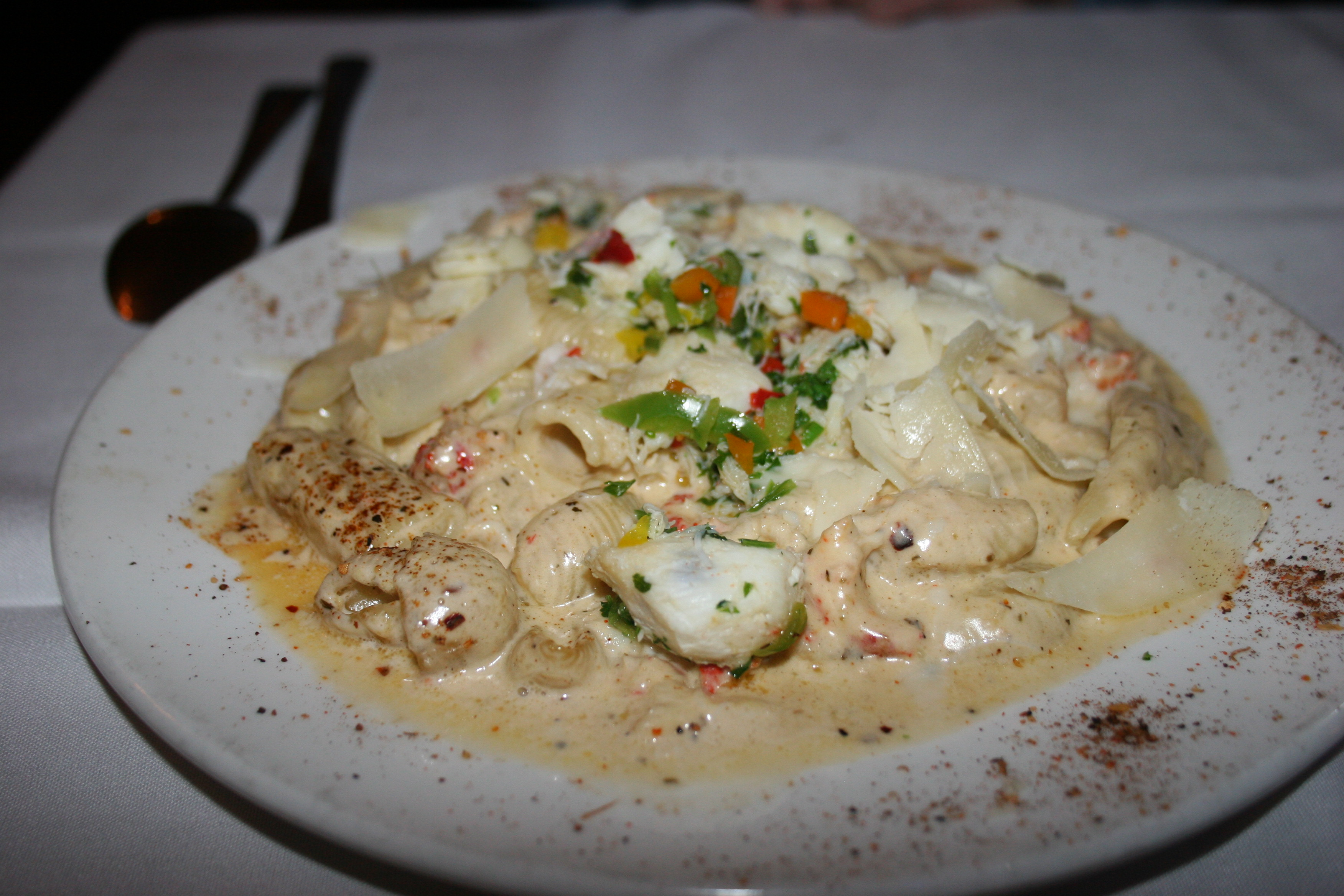 Cajun cream sauce for fish for Creamy sauce served with fish